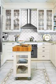 Designs For Small Kitchens On A Budget by 30 Inexpensive Decorating Ideas How To Decorate On A Budget