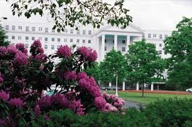 Wedding Venues In Wv An Elegant Southern Wedding At The Greenbrier In West Virginia