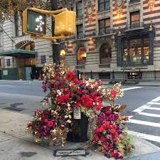 florist nyc guerilla flower installations on the streets of nyc by lewis