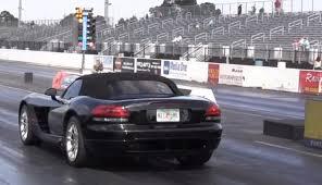 dodge viper 0 60 stock 2004 dodge viper srt10 roadster 1 4 mile trap speeds 0 60