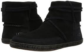 amazon com ugg australia s boots mid calf amazon com ugg australia s winter boot black 6 5 m us