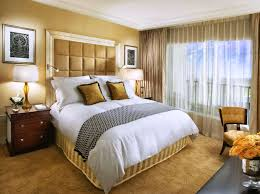 Small Bedrooms With King Size Bed Small Master Bedroom Ideas With King Size Bed Amazing Bedroom