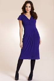 dresses for pear shape body with love handles