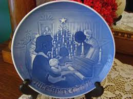 grondahl porcelain plate at home