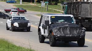racing jeep cherokee 2018 jeep cherokee facelift spied on video driving in los angeles