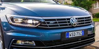 volkswagen passat r line blue 2017 volkswagen passat 206tsi r line review caradvice