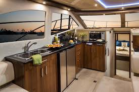 c40 command bridge carver yachts
