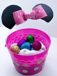 minnie mouse easter baskets diy disney easter baskets minnie mouse and duck bff baskets
