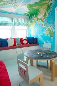 jeux de chambre à décorer salle de jeux enfant comment la meubler et la décorer