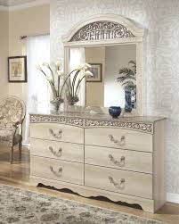Bedroom Dresser With Mirror 7 Pc Bedroom 3 Pc Poster Bed Dresser Mirror