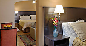 2 bedroom suite hotel chicago chicago hotel rooms suites best western hawthorne terrace