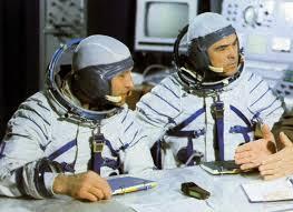 spaceflight mission report soyuz 12