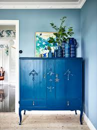swedish blue house tour a welcoming swedish home in bold blues coco kelley