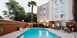 2 Bedroom Suites In San Antonio by San Antonio Hotels Candlewood Suites San Antonio Nw Medical