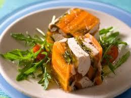 cuisiner poule poule au pot sauce blanche recette sur cuisine actuelle
