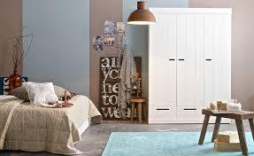 Wohnzimmer Mit Teppichboden Einrichten Mit Natürlichen Materialien