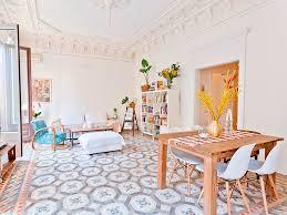 how airbnb redefined hospitality u2013 business destinations u2013 make