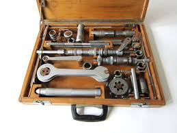 file cagnolo 1968 tool kit wooden box 1 jpg wikimedia commons