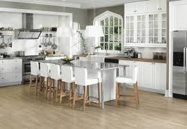 table haute ilot central chaise haute pour ilot central cuisine amnagement cuisine blanche