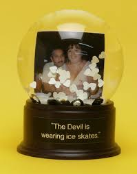 personalized snow globes used for wedding snow globes given as a