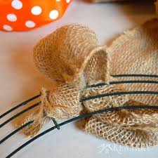 Decor With Accent How To Make A Burlap Wreath With Accent Ribbon