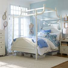 Pottery Barn Teen Bedroom Furniture Perfect Pottery Barn Canopy Bed Decor Modern Wall Sconces And