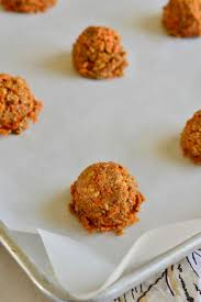 carrot cake oatmeal cookies with cream cheese icing