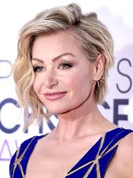 edgy haircuts women 40 s 10 haircuts perfect for slaying your 40s edgy haircuts 40 years