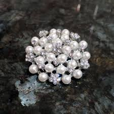 pearl diamante cake brooch diamante and pearl brooch cake decoration
