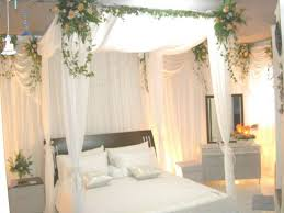 how to decorate canopy bed accessories and furniture romantic canopy bed decorations and tips