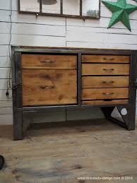 bureau metal bois grand etabli industriel bureau metal et bois steel furniture