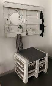 garderobenpaneel mit sitzbank gebraucht shabby garderobe aus paletten mit sitzbank in 59174