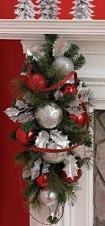 christmas swags for outdoor lights frugal holiday decor last minute holiday decorating frugal
