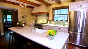 Pics Of Kitchens by How To Decorate Kitchen Walls Pictures U0026 Ideas From Hgtv Hgtv
