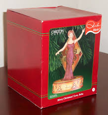 sold out reba mcentire ornament merry christmas love musical