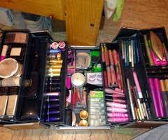 i need a makeup artist what do i need in a makeup artist starter kit blogging it beautiful