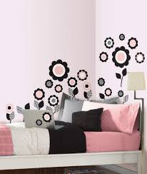 charmingly pink wall paint scheme with roses art wall painting for