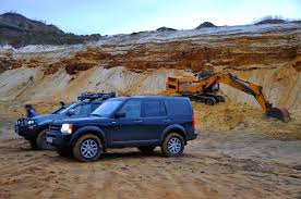 mitsubishi land rover off road land rover discovery u0026 mitsubishi l200 youtube