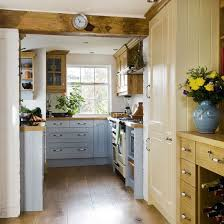 small country kitchen ideas best 25 small country kitchens ideas on grey shaker