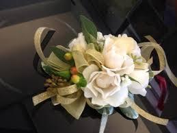 prom wristlets sweet blossoms hawaii prom wristlets 2016