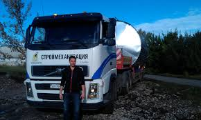 volvo truck model numbers recently discovered video clearly shows volvo truck and lowloader