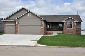 1273 n forestview 3 bedrooms 2 bathrooms 3 car garage maize