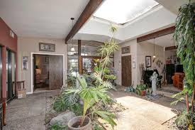 homes with interior courtyards sacmodern com streng homes sacramento eichler sacramento