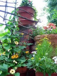 Vertical Garden Trellis - clever ways to add space with creative vertical gardens