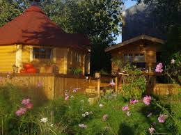 chambre d h es insolite chambre d hotes le jardin des cigognes hébergements insolites en