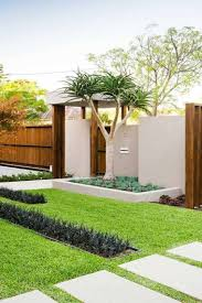 decoration petit jardin design petit jardin moderne saint denis 12 paris france