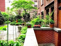 Nyc Backyard Garden Apartment What Is A Garden Apartment Anyway Brownstoner
