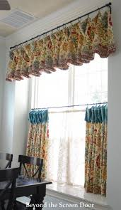 kitchen curtains best 25 kitchen curtains and valances ideas on