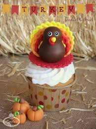 gobble up this sweet turkey fondant topper tutorial cakecentral