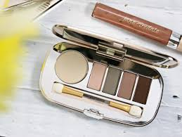 skin is in how to master the no makeup look with jane iredale